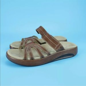 Aravon Remy Womens Brown Leather Wedge Sandals
